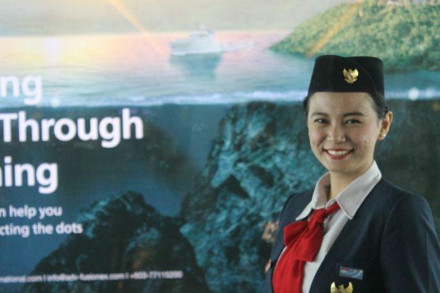1 (Putri Hapsari Wijayanti, delegasi Jawa Tengah untuk IMYEP 2015)